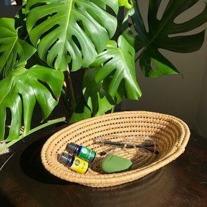 VINTAGE Tan Wicker Oval Coil Weave Basket Wall Han